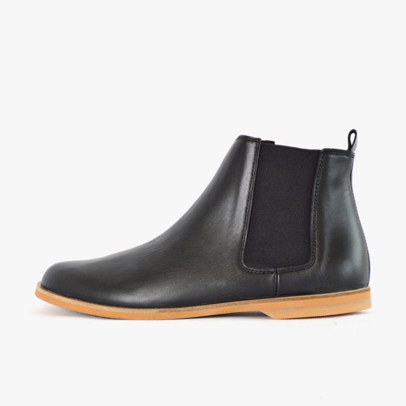 chelsea boots black women men