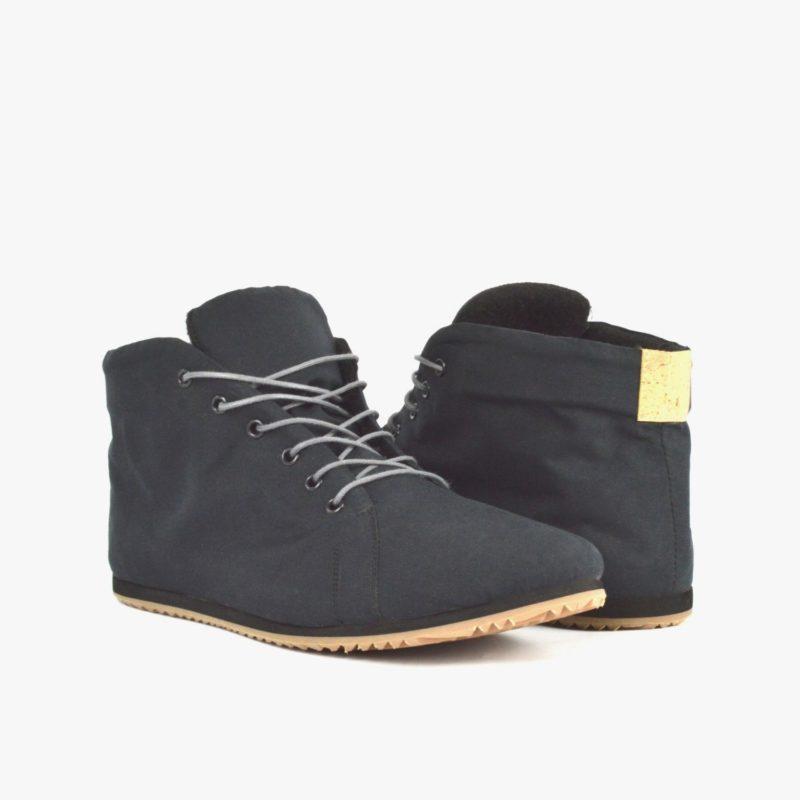 schwarze vegane sneaker
