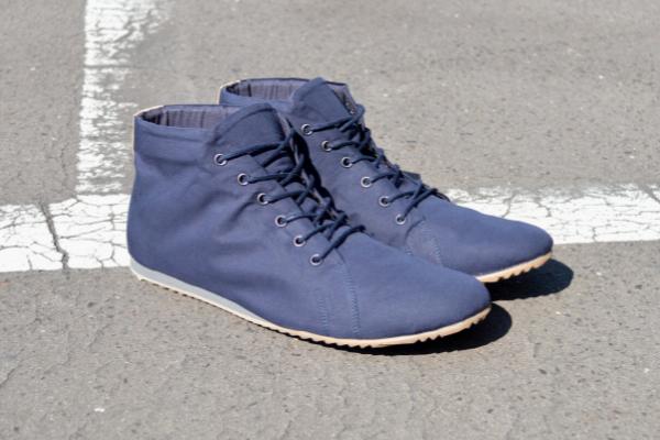 vegane schuhe blau sneaker vegan nachhaltig barfuß flexibel