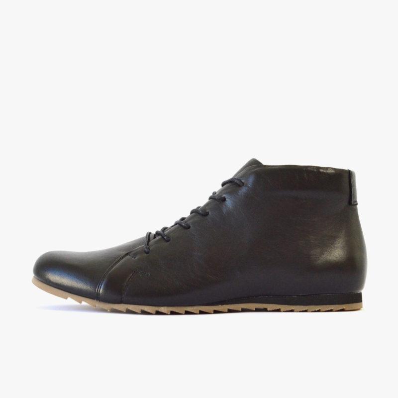 Schwarze Stiefeletten aus Leder. Sneaker aus Leder. Faire Lederschuhe für Damen, Herren. Sorbas Schuhe