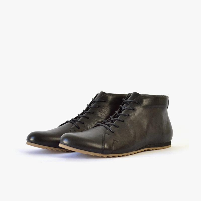 High-top Sneaker aus Leder. Elegante schwarze Lederstiefeletten. Schuhe für Hochzeit, Business, Freizeit. Sorbas Schuhe