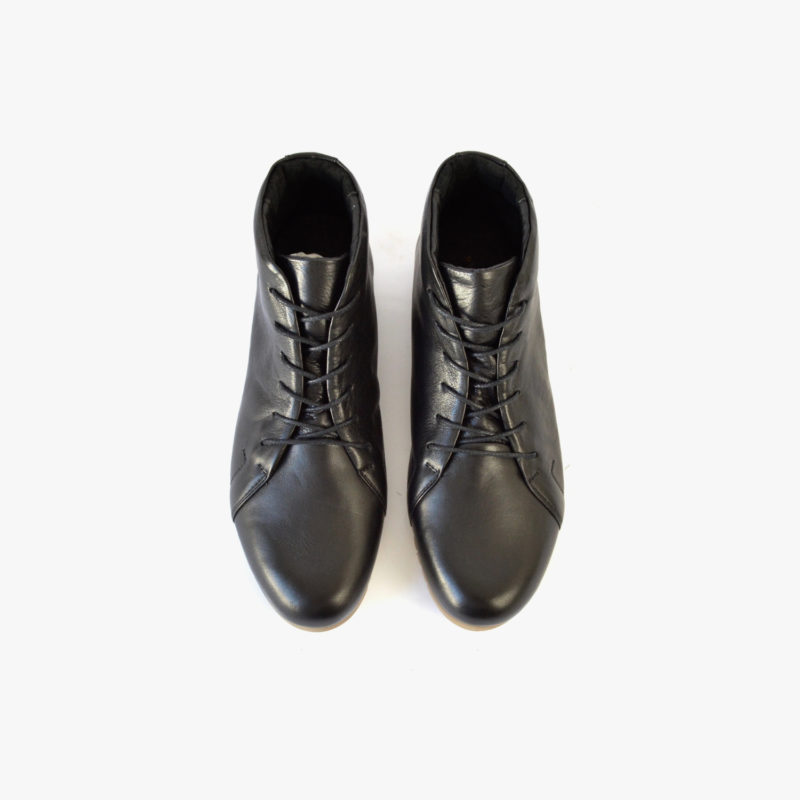 Lederstiefeletten. Lederschuhe in Schwarz. Schuhe aus Leder. Fair gehandelt. Faire Schuhe. Sorbas Schuhe