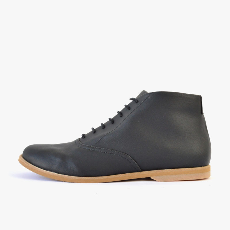 vegan shoes man woman black