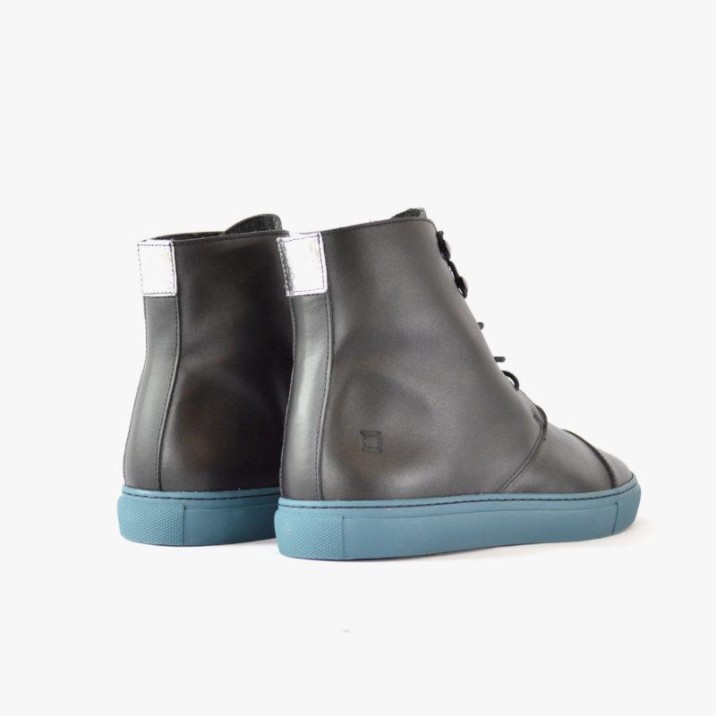 stiefel boots schwarz silber blau