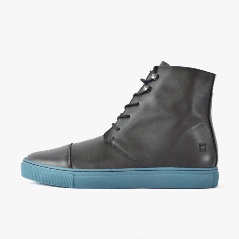stiefel winterstiefel schwarz blaue sohle silber
