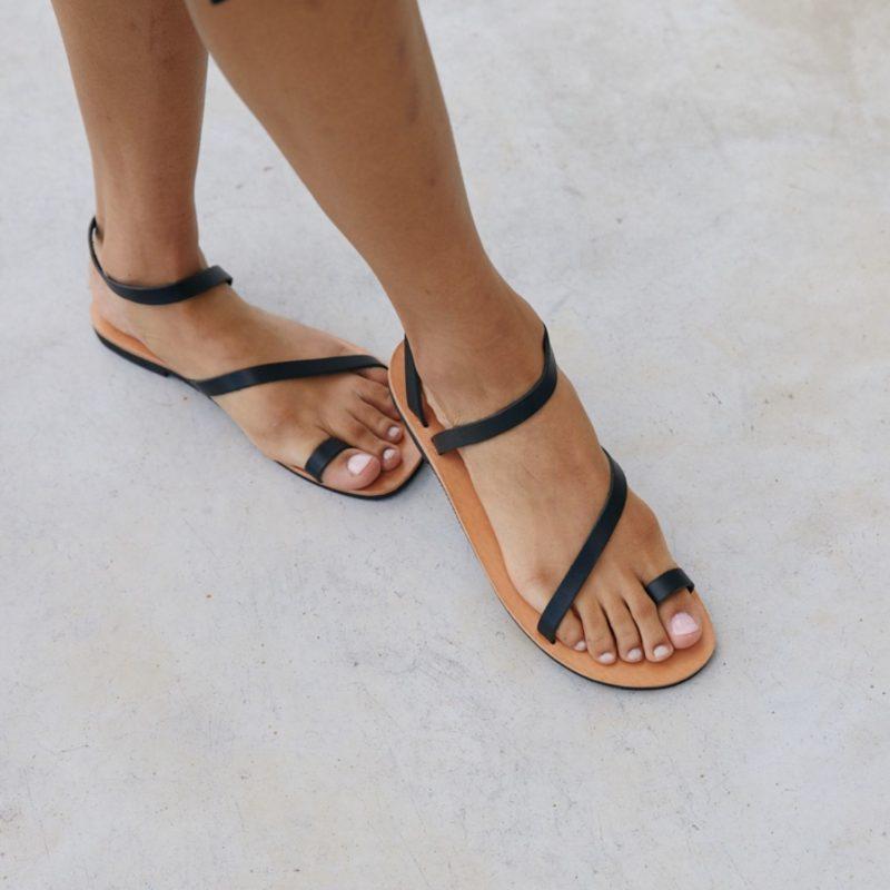 25 schwarze reimchensandalen sandalen fair nachhaltig leder