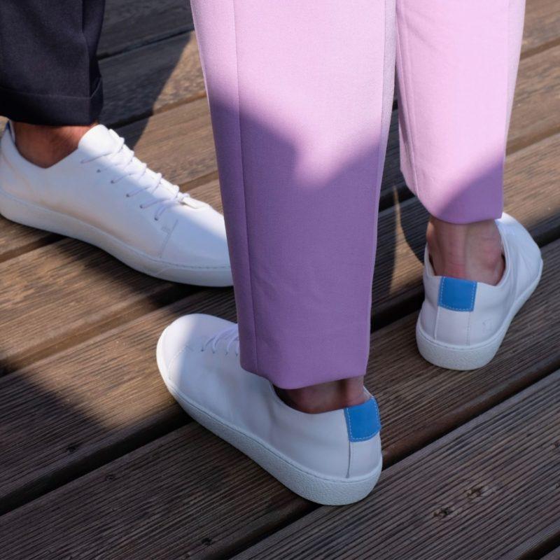 82 weiße sneaker