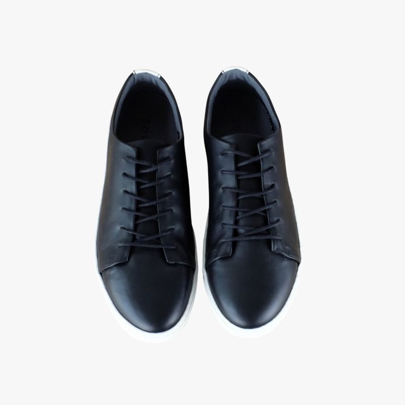 black sneakers fair sustainable