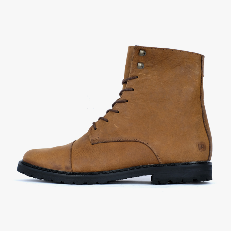 winter boots brown