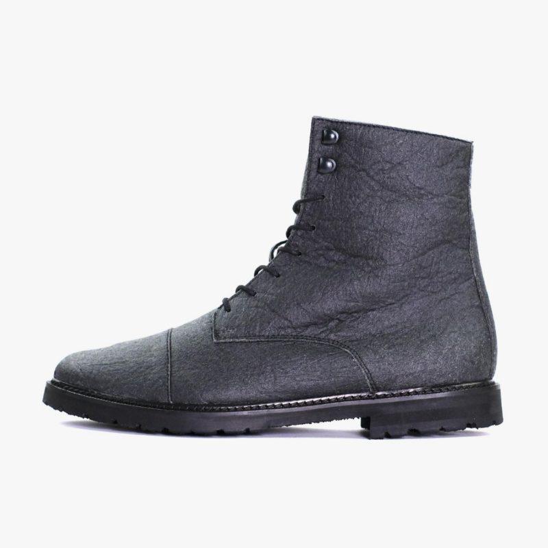 Pinatex Stiefel schwarz