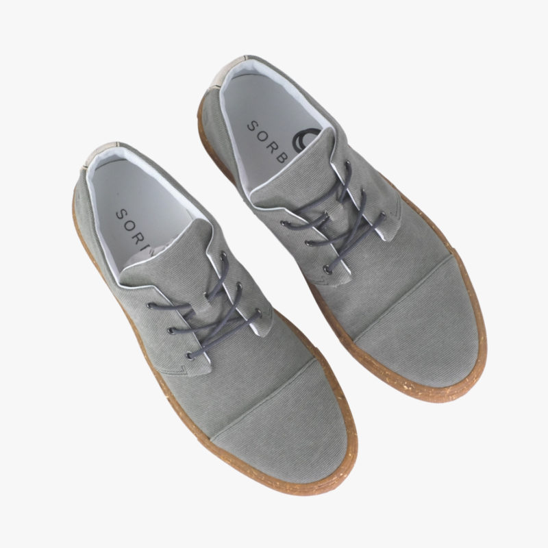 sneaker recycled grau