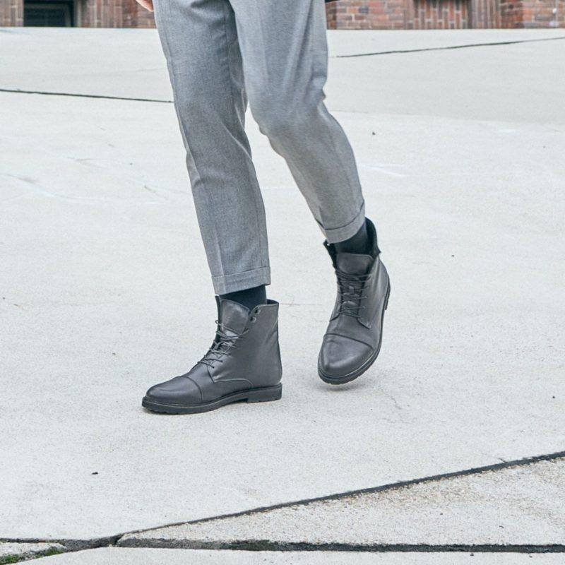 94v schwarze vegane stiefel