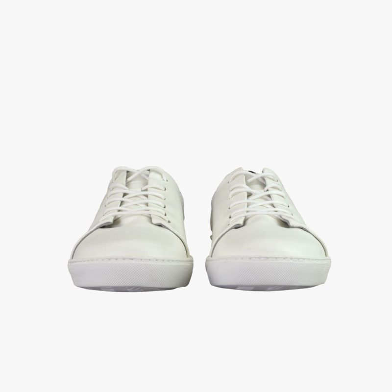 schlichte weisse sneaker bequem