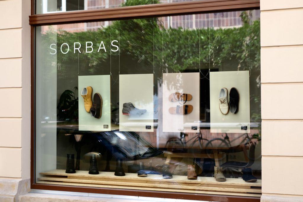 Sorbas Shoes Laden
